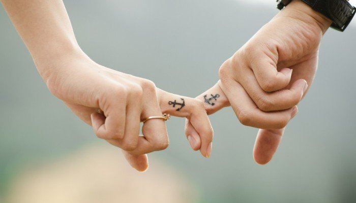Holding hands anchors