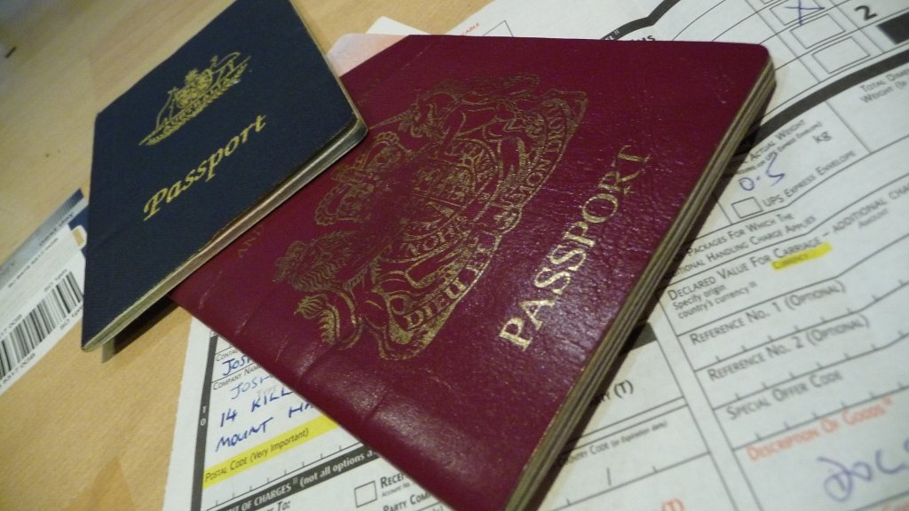 No British citizenship for man who allowed Pakistani nationality to lapse
