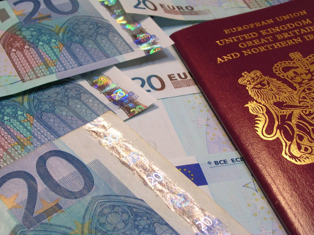 Are the latest nationality regulations lawful in requiring permanent residence cards for EU citizens?