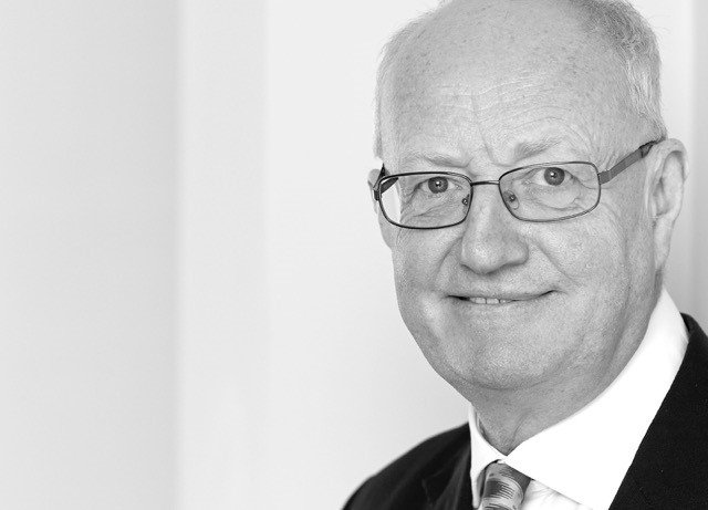 Nick Blake QC retires from High Court