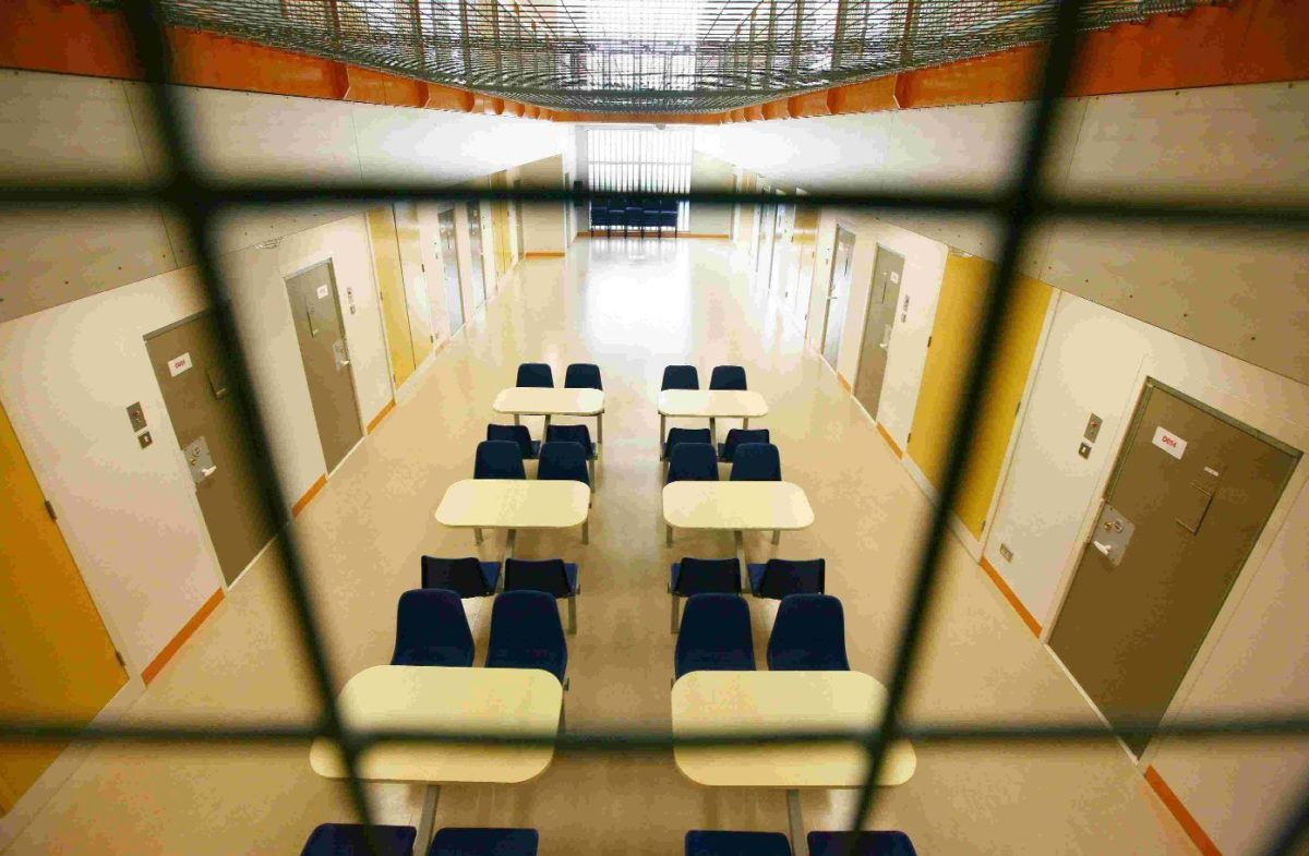 High Court to rule on release of immigration detainees at high risk from COVID-19