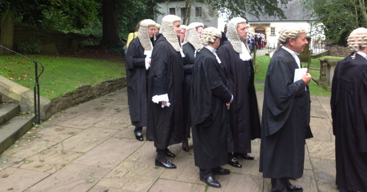 Public access barristers ordered to publish their fees for immigration appeals