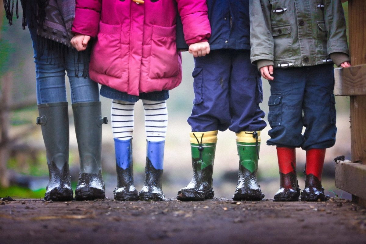 EU children can be lawfully resident in the UK without exercising treaty rights